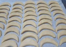 עוגיות טחינה לפני האפייה